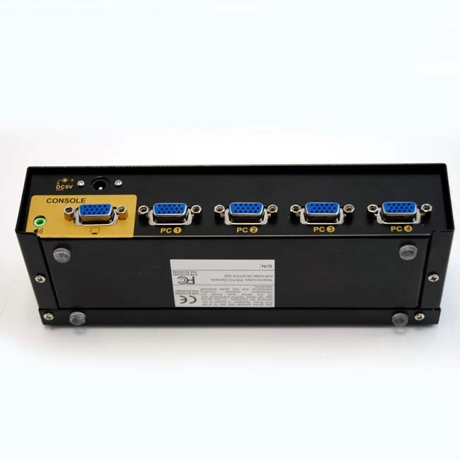 SWITCH 4 ENTRADAS - 1 SALIDA VGA + AUDIO (CON CABLES)